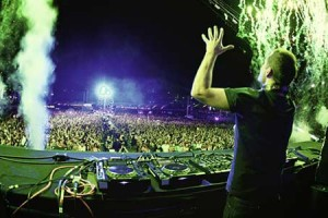 EDC Chicago 2013 Live Set Roundup